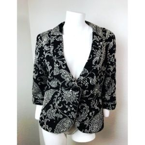 CABI Sz 6 Top Black and Gray Embroidered Blazer